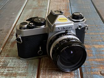 Nikon FE - 28mm 3.5 for Sale in Campbell,  CA