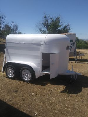 SMALL 🐎 HORSE% PONY 🐴 /LIVESTOCK 🐐 TRAILER,HAULS NICE & LITE ( BILL OF SALE ONLY ) for Sale in Lake View Terrace, CA
