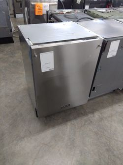Viking Stainless Steel Dishwashers for Sale in Ontario,  CA