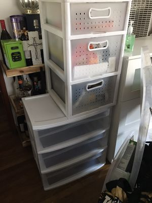 Organizer plastic drawers white for Sale in Los Angeles, CA