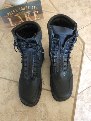 Steel toe work boots, size 11 E, new condition $80 for Sale in Canyon Lake, CA