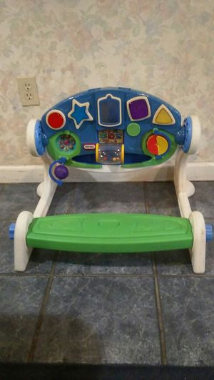 TODDLER GYM/LIGHTS MUSIC SOUNDS$5 for Sale in Fort Worth, TX