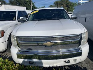 2007 Chevy Silverado Pick Up LTZ.. Ask For Chris!! for Sale in West Palm Beach, FL
