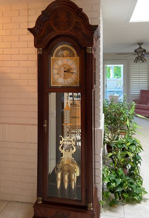 ANTIQUE GRANDFATHER CLOCK for Sale in Aliso Viejo, CA