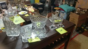 Tons of crystal and collection plates. Prices are marked. for Sale in Gresham, OR