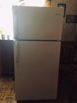 Frigidaire freezer for Sale in Detroit, MI