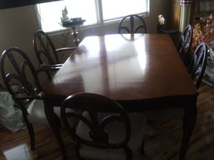Antique dining table w/chairs for Sale in Salt Lake City, UT
