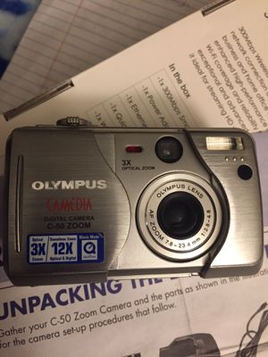 Olympus Digital Camera c-50 zoom plus 3 batteries for Sale in Jacksonville, AR