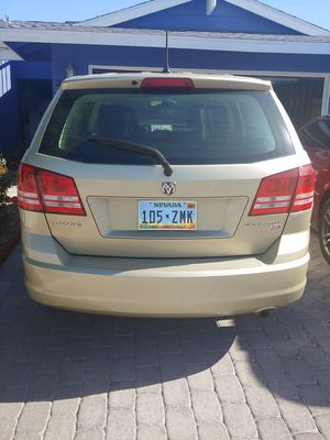 2010 Dodge journey clean title. Todo le funcionaban 100% buen AC for Sale in Las Vegas, NV