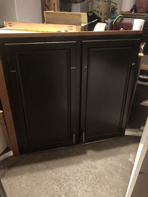 Kitchen cabinet door almost new 44x49 $50 for Sale in Colton, CA