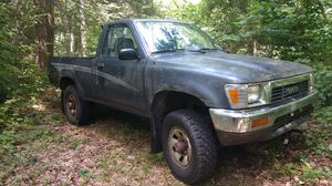 1990 Toyota pickup 4x4 5 speed for Sale in Thomaston, CT