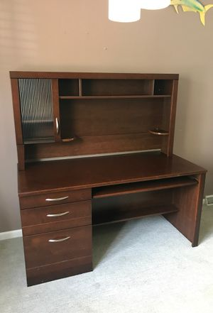 Desk for Sale in Westerville, OH