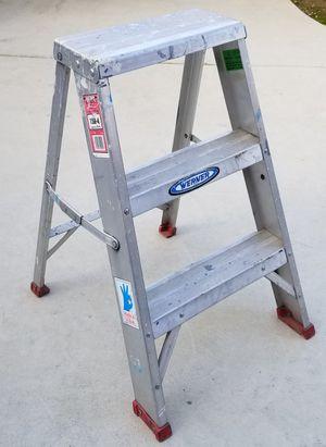 2 ft ladder for Sale in Clovis, CA