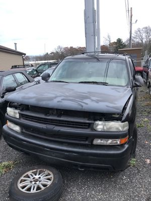 2000-2006 CHEVY TAHOE PART OUT!!!!! ALL PARTS AVAILABLE!!!!!!! for Sale in Seekonk, MA