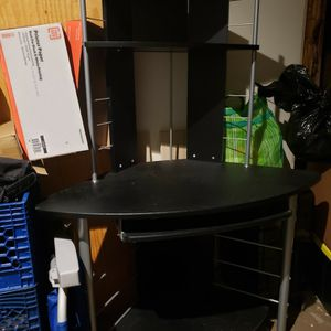 Free Desk For Computer for Sale in Diamond Bar, CA