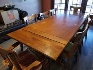 Table and Hutch set for Sale in Patterson, CA