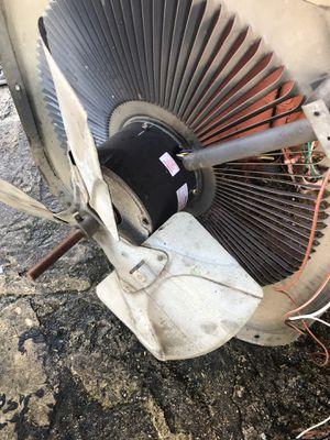 Motor de 220v a/c buenas condiciones for Sale in Miami Gardens, FL
