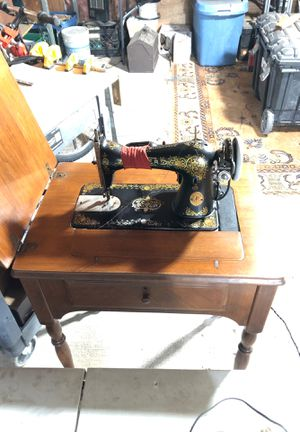 Singer swing machine vintage. Lamp and machine working for Sale in East Brunswick, NJ