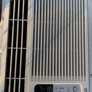 LG air conditioner for Sale in Portland, OR