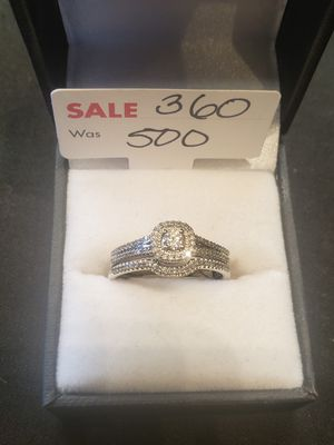 Size 9 10K white gold diamond ring for Sale in Pflugerville, TX