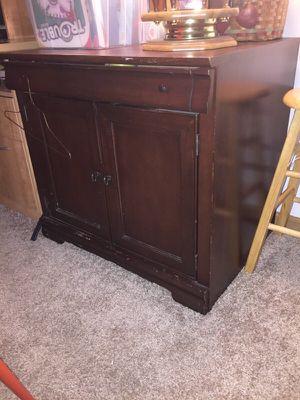 Wood Computer desk for Sale in Reynoldsburg, OH