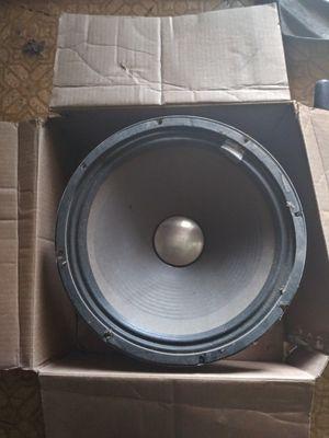 """Speaker 15"""", 400 watt REALISTIC, New!! for Sale in St. Louis, MO"""