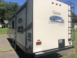 Coachmen, freedom express, Liberty edition for Sale in Belchertown, MA