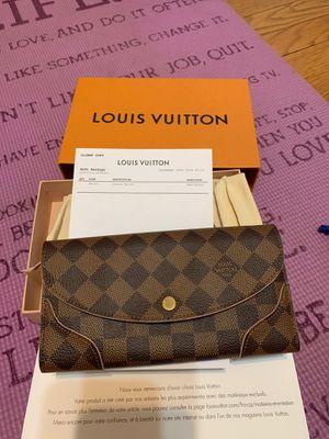 100% Authentic Perfect Condition Louis Vuitton Caissa Wallet for Sale in Des Plaines, IL