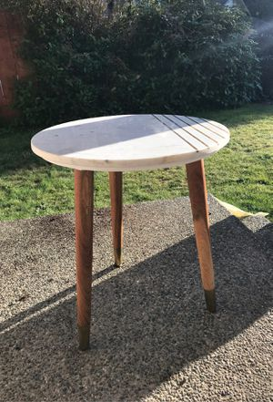 Side Table for Sale in Everett, WA