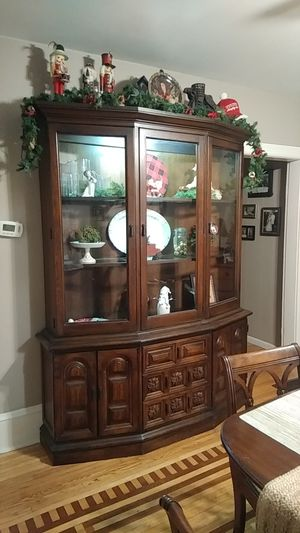 China Cabinet. for Sale in Bull Valley, IL