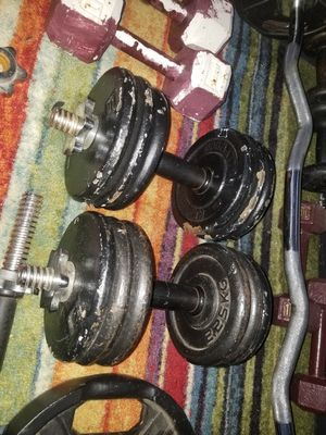 2 30 Pound DUMBELLS. $120 firm. Pickup in Oakdale for Sale in Oakdale, CA