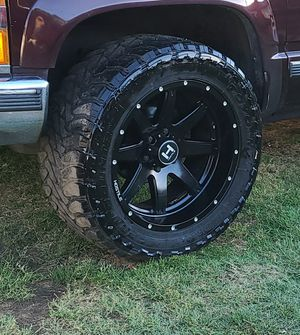 Hostile rims 20x10 for Sale in Wilmington, CA
