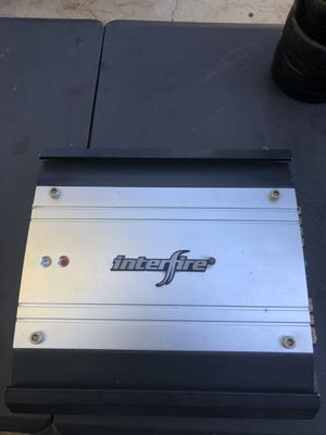 500 watt bass amp for Sale in Beaumont, CA