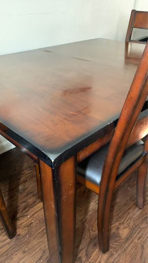 Kitchen or dining room table for Sale in Fontana, CA