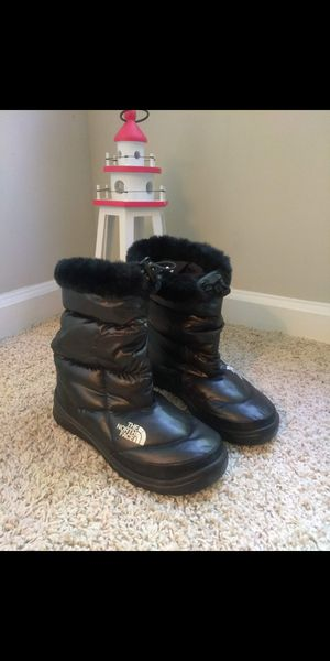 Size 6 Womens The North Face Boots for Sale in Johns Creek, GA