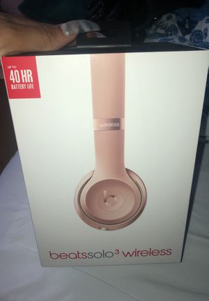Beats by Dre Solo Studio 3 Wireless headphones Brand New! for Sale in Quincy, MA