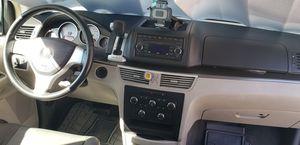Minivan 2009 VW Routan SE for Sale in La Habra Heights, CA