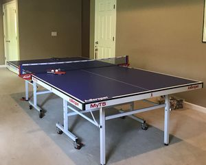 Like new High quality Killerspin MYT5 table tennis pingpong table for Sale in Bellevue, WA