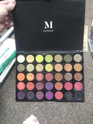 Eye shadows. Diffrent colors and brands. for Sale in Jonesboro, AR