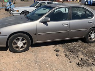 1999 nissan altima automatic ice cold AC all power moon roof runs good great gas mileage 224k miles $1600 for Sale in Queen Creek,  AZ
