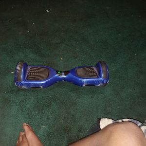hoverboard with charger for Sale in Apple Valley, CA