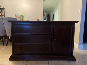 Changing Table dresser for Sale in Hialeah, FL
