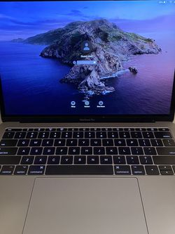 RetireMacBook Pro 13inch Retina 2017 , 8 GB Ram, 256 Gb SSD for Sale in Jersey City,  NJ