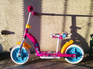 """Hello Kitty 2 in 1 Balance Bike and Scooter- pink (10"""") for Sale in Los Angeles, CA"""