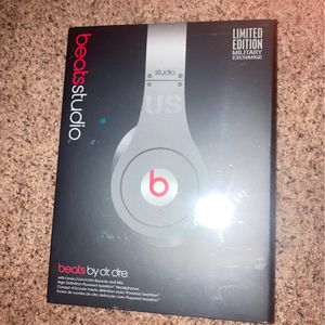 Beats Over Ear Headphones Wired for Sale in Chesapeake, VA