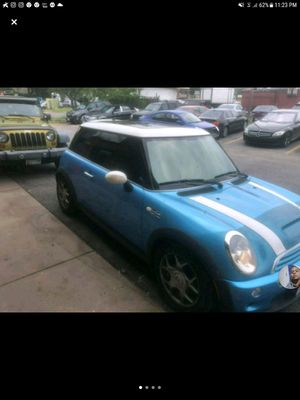 2005 Mini Cooper supercharger runs excellent interior clean two sunroof for Sale in Forest Heights, MD