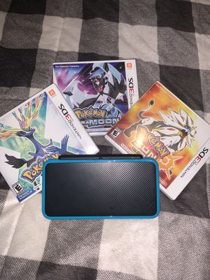Nintendo 2DS XL with games and charger for Sale in Fontana, CA