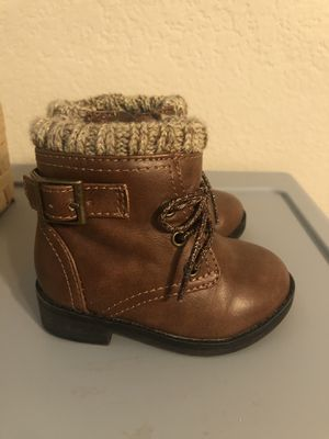 Baby girl boots Size 4 for Sale in El Mirage, AZ