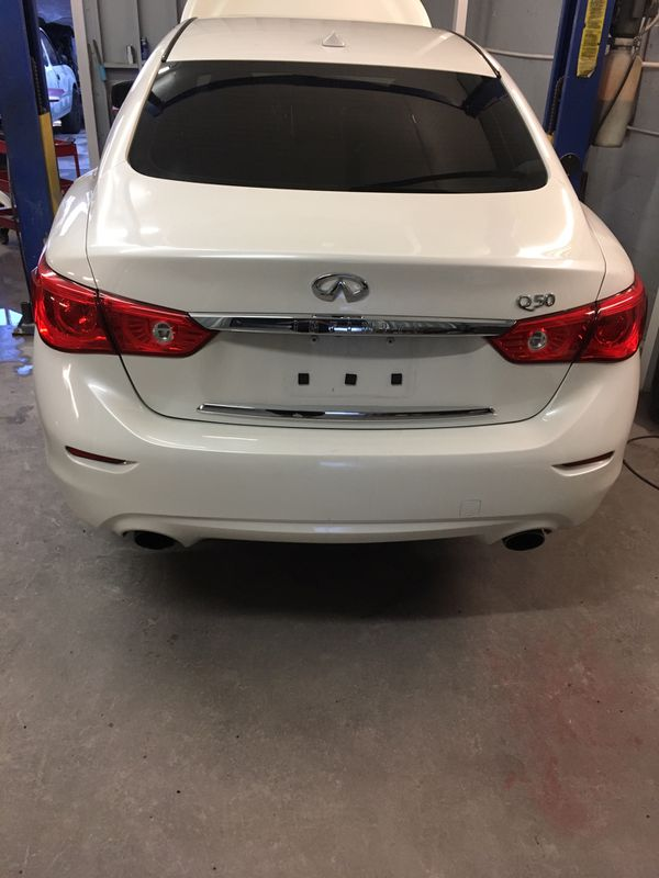 Infinity Q50 parts only year 2015 CD title