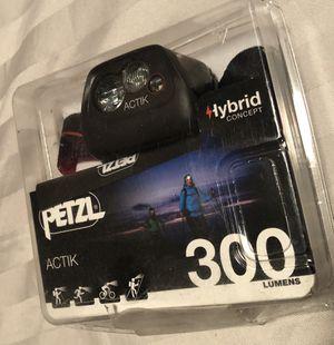 Petzl - ACTIK Headlamp, 300 Lumens, Active Lighting, black for Sale in Santa Fe Springs, CA